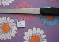 Brug en neglefil til at glatte kanterne på det nytilskårne micro-sim-kort
